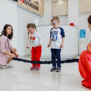 """Праздник Детства в """"Забаве"""" Дыбенко"""